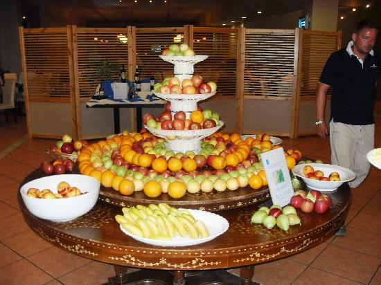 Aquis Sandy Beach Resort Food Review