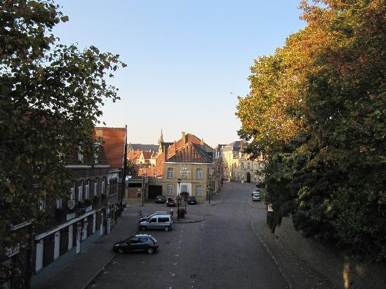 B&B Hortensia: De straat waar het b&b gelegen is.