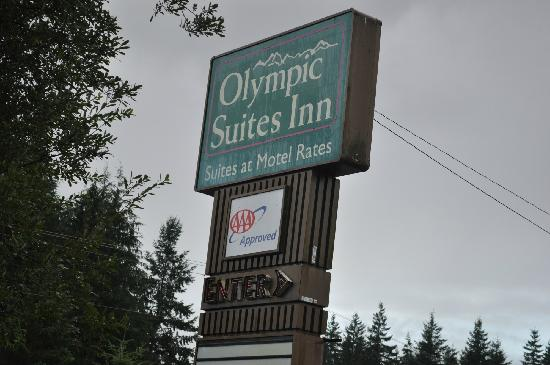 Olympic Suites Inn: front road sign