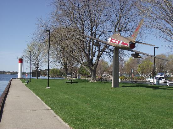 Golden Hawk CF-86 Sabre Jet: Brockville's Golden Hawk is displayed in the park on Blockhouse Island