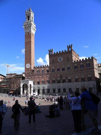 Quercia al Poggio: Piazza del Campo Siena