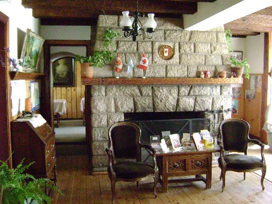Hosteria Las Amapolas: Lobby