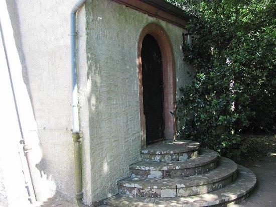St. Johannes der Taufer: entrance to the sacristy