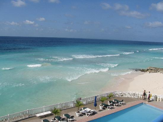 Rostrevor Hotel: Breathtaking ocean front view