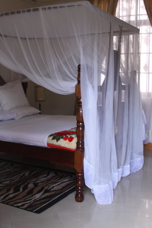 Tumaini Cottage: Sleeping Room