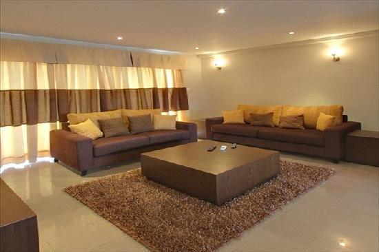 Amara Suites: Eagle Spacious Living Room