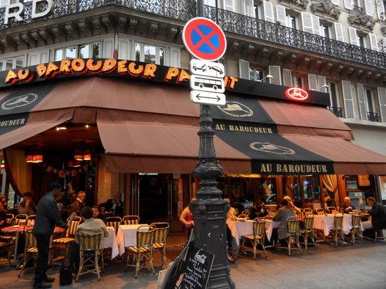 Au Baroudeur: Across from the Gare du Nord