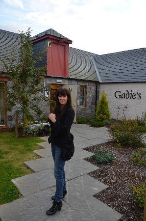 Gadie's Restaurant: Entrance to Gadies