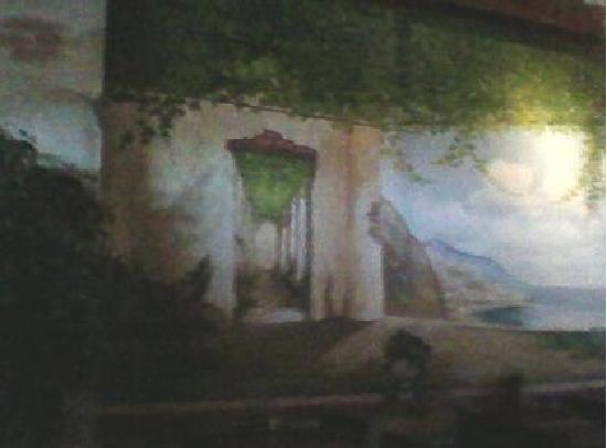 Vito's Ristorante & Pizzeria: Scenic wall painting, part 1