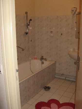 Hostel du Roy: la salle de bain
