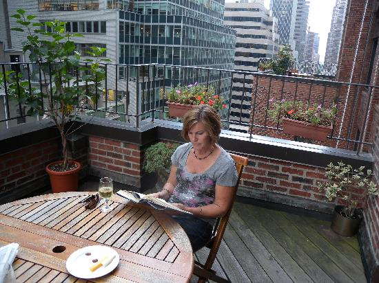 Hotel Elysee by Library Hotel Collection: Our 12th floor balcony on East 54th St.