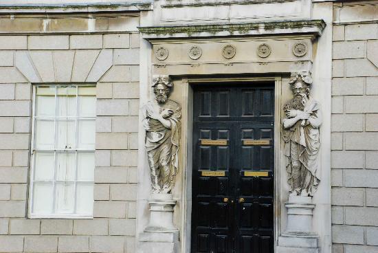 King's Inns: Nice artwork