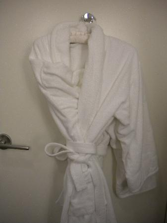 Hotel Felix: How cool is it to have a robe while traveling?