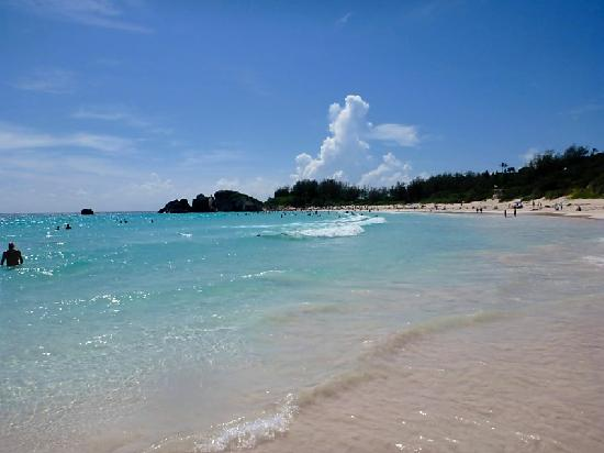 Horseshoe Bay Beach : Horshoe Bay from the less crowded part