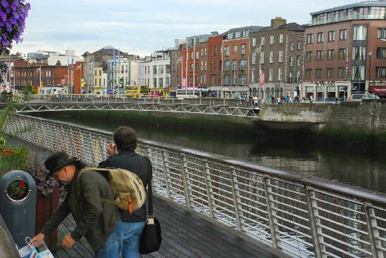 Millennium Bridge: Nice Dublin