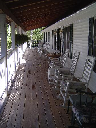 Blueberry Fields Bed & Breakfast: Relax on our spacious front porch.  Comfortable rockers to set in and enjoy the sunsets.