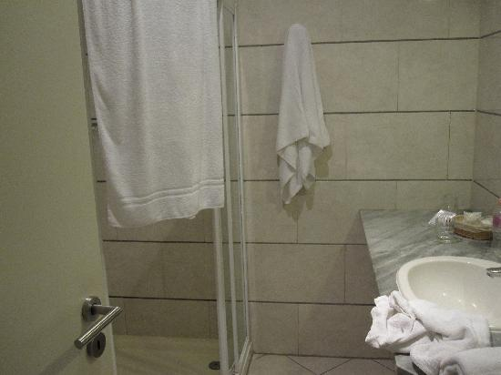 Casati Budapest Hotel : bathroom