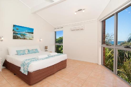 Glen Eden Beach Resort: 1 or 2 bedroom master