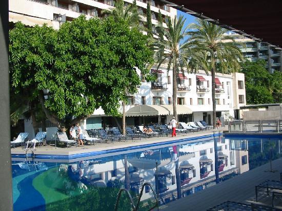 Hotel Swimming Pool Picture Of Gran Melia Victoria Palma De Mallorca Tripadvisor
