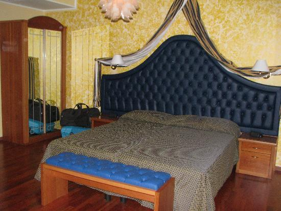 Hotel du Parc: la chambre  n°108