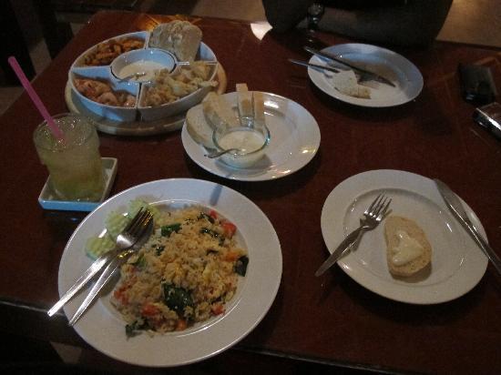 Nic's Ristorante Pizzeria & LoungeBar : food