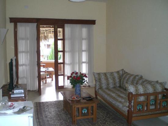 Ocean Beach Resort & Spa: Il soggiorno della camera