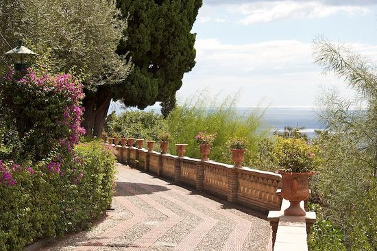 Taormina, Italy: Amazing views