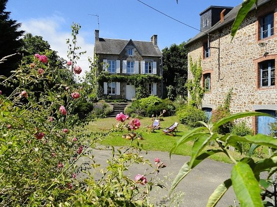 Marcey-les-Greves, France: La Maison