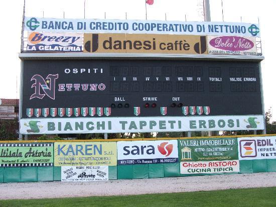 Nettuno, Italia: il tabellone dello stadio steno borghese