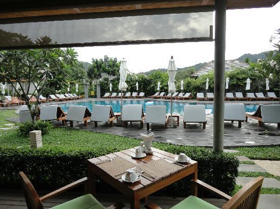 Metadee Resort and Villas: From breakfast room