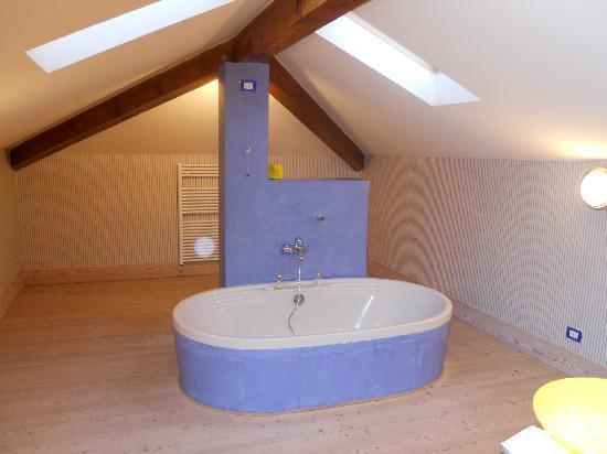 La Locanda del Notaio: salle de bain