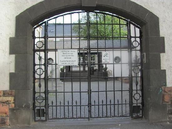 Ehem. Kloster hl. Wolfgang: gate