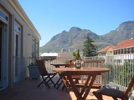Cape Town Backpackers: One of our Balconies