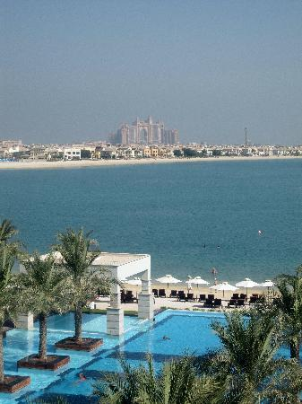 Jumeirah Zabeel Saray: View from balcony over pool with Atlantis in distance
