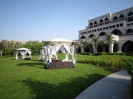 Jumeirah Zabeel Saray: Cabanas