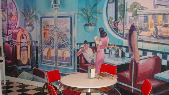 The Palms Retro: Breakfast room