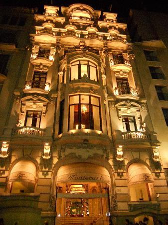 Hotel Montecarlo Barcelona: Entrata dalla Rambla