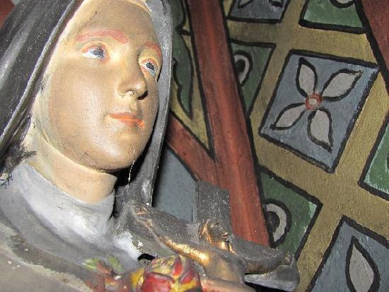 Waldkapelle der Schmerzhaften Mutter: Madonna