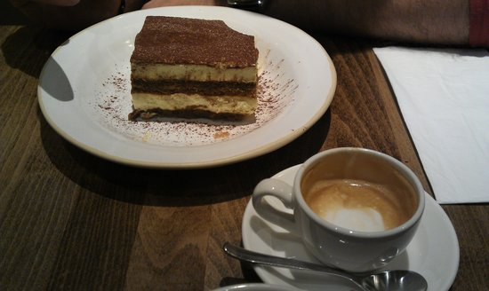 Zizzi - Tower Hill: Tiramisu and a café macchiato