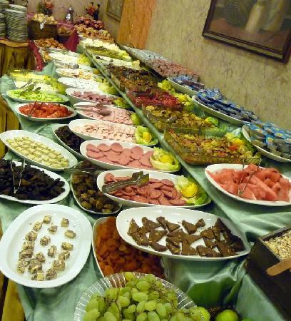 Hotel Sapphire : Delicious Buffet Breakfast