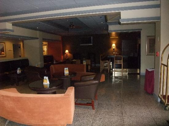 Clarion Hotel: hall reception
