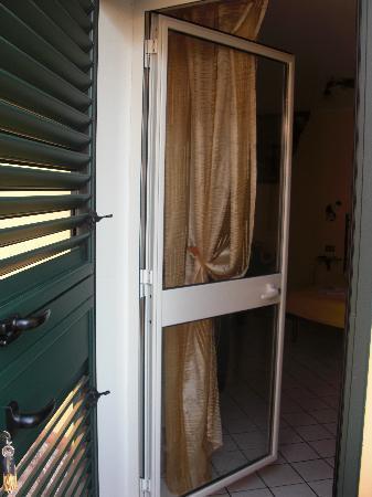 Bed & Breakfast Giulia : doppia porta