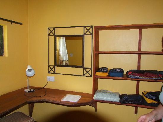 Kembu Cottages: Dressing, storage area.
