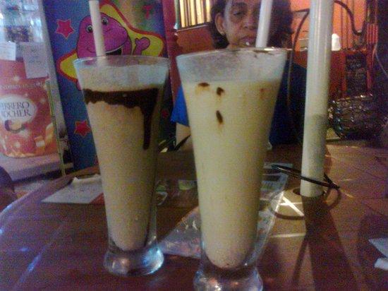 Choco Luv : OREO and Coconut heaven shakes