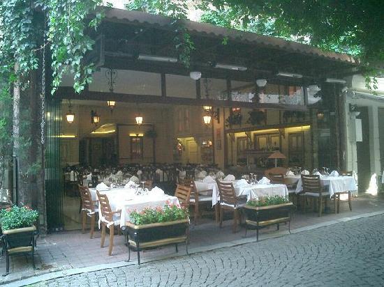 Pasazade Restaurant Ottoman Cuisine: 外観