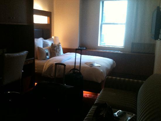 Renaissance New York Hotel 57: superior room