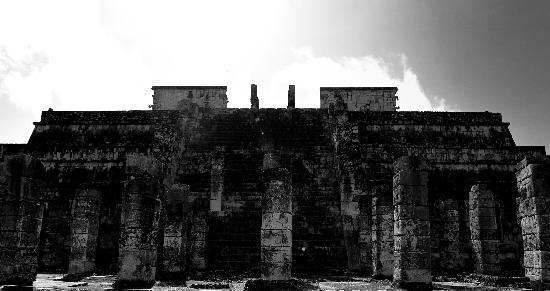 ชิเชนอิทซา: Temple aux mille colonnes