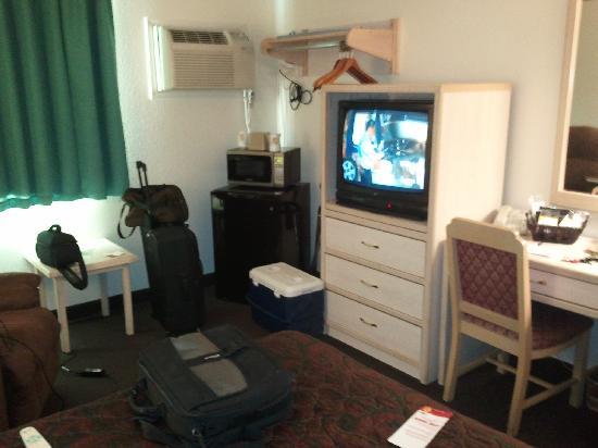 Super 8 Scottsbluff: Another Room shot