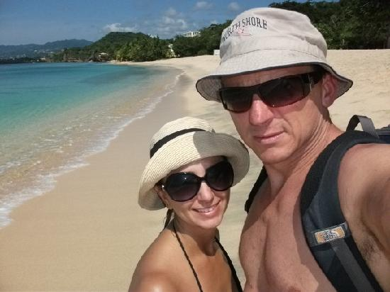Laluna Hotel: Day Hike along beaches