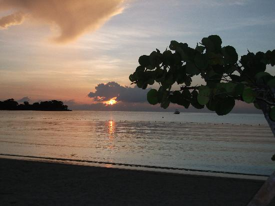 Couples Negril : One of the many sunsets on the beach